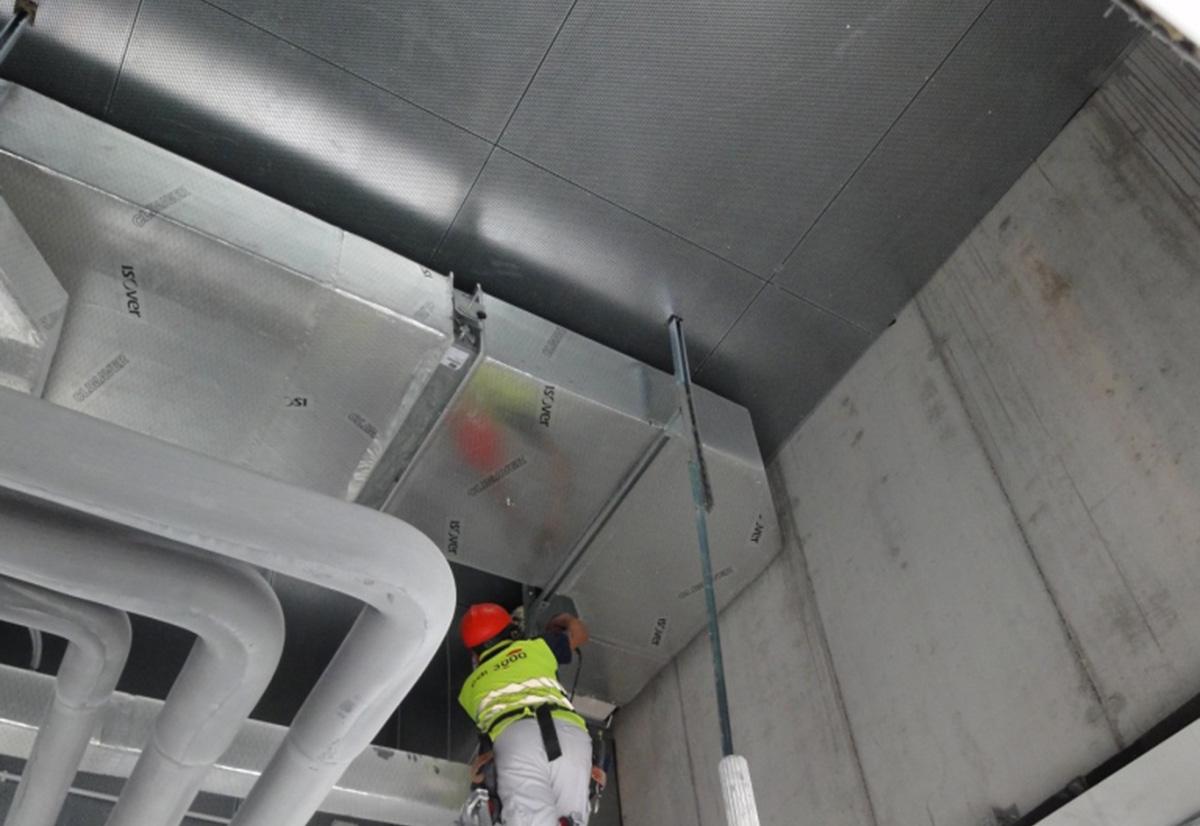 Atenuación ruido máquinas climatización Paraninfo Bilbao